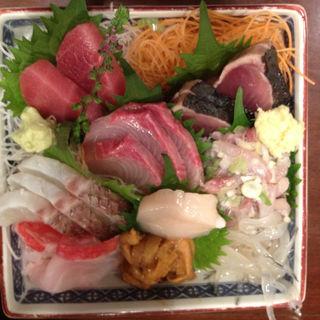 刺身盛り合わせ(魚源商店 )