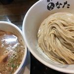魚介鶏白湯つけ麺 中盛