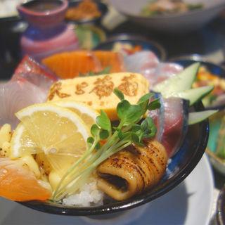 海鮮丼 竹(米と葡萄 by SHINGEN 変なホテル福岡 博多 中洲店)