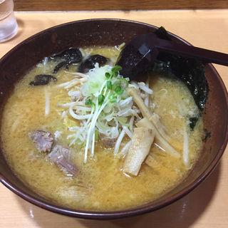 豚骨ラーメン(白樺山荘 ラーメン横丁店)