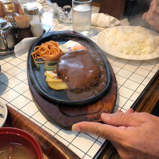ハンバーグ定食(馬梨邑 )