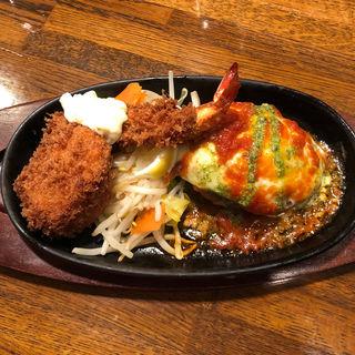 モッツアレラチーズのハンバーグ&シーフードフライ(ぶどう亭 )
