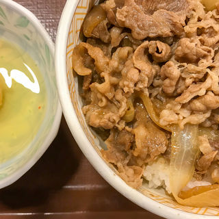 牛丼並(すき家 新橋三丁目店 )
