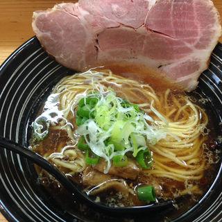 醤油ラーメン(極麺 青二犀 (ゴクメン アオニサイ))