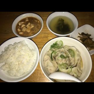 水餃子定食(居酒屋 餃子のニューヨーク )