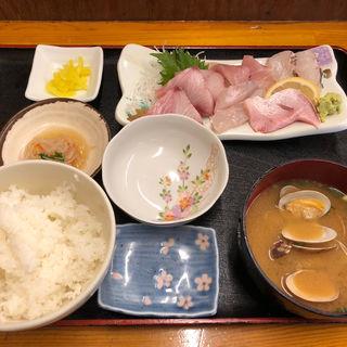 刺身定食(博多魚がし 西側食堂街店)
