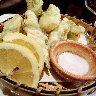 つぼみ菜天ぷら(旬味旬菜 大和)