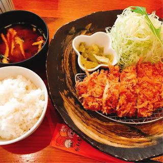 チーズカツ膳(とんかつ 豚ゴリラ 新京極六角店 (ぶたごりら))