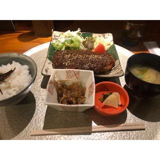味噌カツ定食(和ダイニング 恭道)