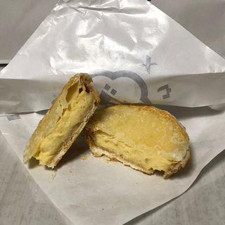 パイに包まれたチーズタルト(ウメダチーズラボ)