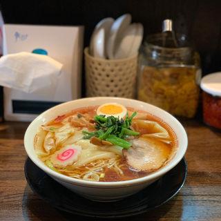 ワンタン麺(光来 (こうらい))