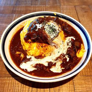 熟成牛ハンバーグと自家製ハッシュドビーフのオムライスランチ(肉が旨いカフェ NICKSTOCK 広島駅前)