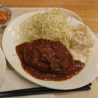 ハンバーグ定食(ヴィヤン)