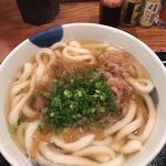 肉うどん(博多うどん酒場イチカバチカ)