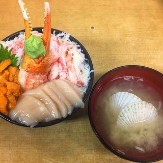 タラバガニ&ウニ&ホタテ(市場食堂 味処たけだ )