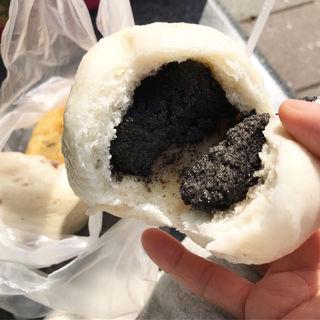 黒胡麻包(光復市場素食包子店)