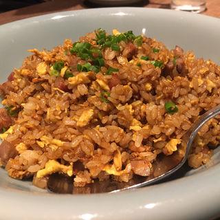 黒炒飯(隆麺 (リュウメン))