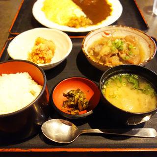 牛すじ煮込みと鶏の唐揚げランチ(居酒屋れすとらん 益正(ますまさ) 北天神店)