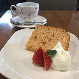 シフォンケーキ(カフェレストラン きたら )