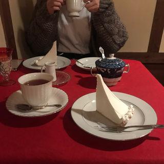 レアチーズケーキ珈琲(南蛮茶屋 (ナンバンチャヤ))