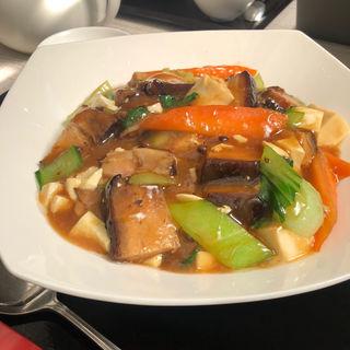 豚角煮と豆腐のかけご飯(御膳房 (ゴゼンボウ))