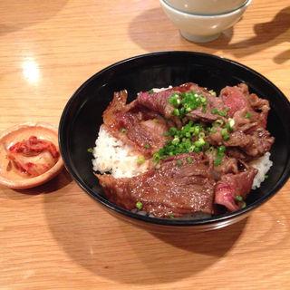 牛丼(博多炊き餃子 池ぽん)