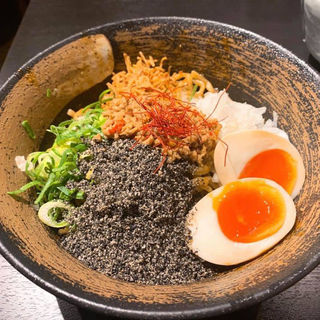汁なし黒担々麺(麺屋 武一  虎ノ門店)
