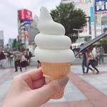 ミルキーソフトクリーム(生クリーム専門店 Milk 新宿店)