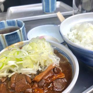 ホルモン煮(きつねや )