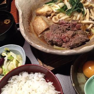桜肉すき焼き定食(桜肉料理 馬舌屋 小伝馬町店 (ばたんや))