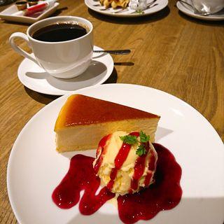ベイクドチーズケーキ(カフェ花舞)