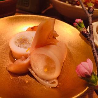 子持ち槍烏賊の煮含め(料理 澤)