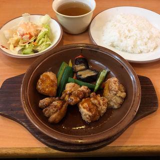 鶏肉のオーブン焼き(バルサミコ甘酢ソース)
