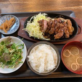 トンテキ定食(大衆酒場 ナミヘイ)