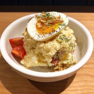 ポテトサラダ(餃子と煮込み)