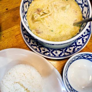 グリーンカレー+ジャスミンライス(トゥー シェフズ (Two Chefs))