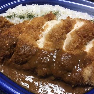オホーツク産鶏胸肉のチキンカツカレー