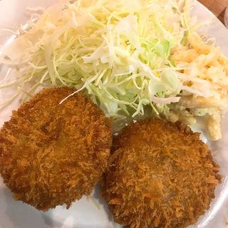 ビーフポテトコロッケ(洋食大吉)