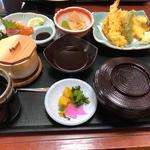 天刺し定食(さんぞくや 東福岡店)