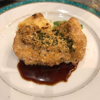 鶏の粒マスタードソース(コースのなかの一皿)(ビストロ ラ ベルポルト )