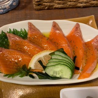 サーモンカルパッチョ(ハチミツボタン )