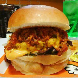 チーズバーガー+ミートソース(アメリカンポップカフェ ビッグベリーマン 東大阪店)