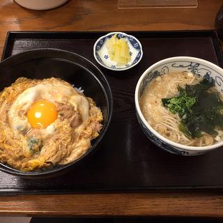 親子丼とミニ蕎麦(そば処花りん)
