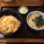 親子丼とミニ蕎麦
