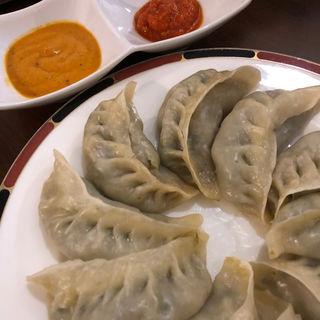 野菜モモ(ネパール風餃子)(ネパーリチュロ)