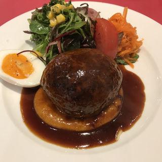 ハンバーグステーキデミグラスソース(七條 (シチジョウ))