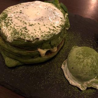 抹茶パンケーキ(512 CAFE & GRILL (ゴーイチニ))