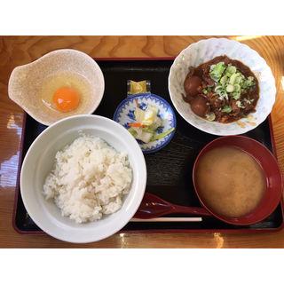 モツ煮定食(駅前食堂 )