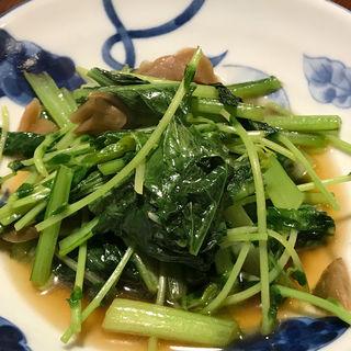 小松菜と豆苗のザーサイ炒め(和彩酒処 伊織 )