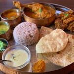シェフのスペシャルチキンターリ(バンゲラズキッチン (Bangera's Kitchen))